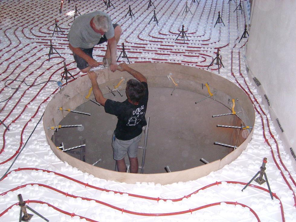 Mas Cévennes Rénovation - Préparation d'une tremie d'escalier et chappe