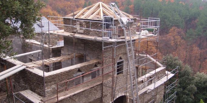 Rénovation toit mas cévenol