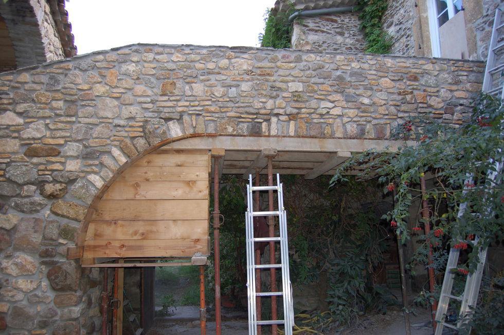 Mas Cévennes Rénovation - Passerelle en pierre